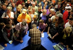 Cliff Barackman attending to his adoring public
